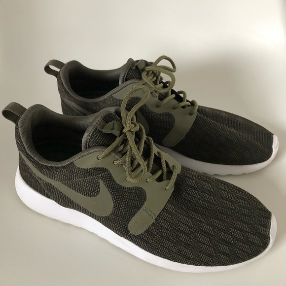 Nike Other - Nike Roshe One Shoes Dark Green w/3M, Men's Size 8